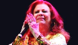 beth-carvalho-faz-show-do-novo-album-em-sao-paulo-26112011-1322360787019_1024x768