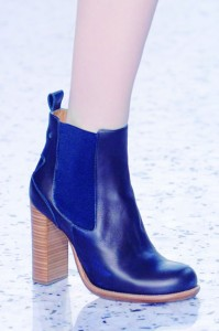 hbz-ACCESSORIES-FALL-13-shoes-STACKED-Heels-Chloe-clp-RF13-7117-lgn