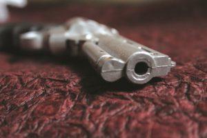 gun-166507_1280 - Copy