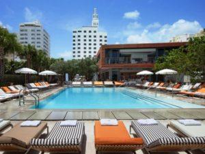 Hotel luxo SLS South Beach discriminação processo haitianos