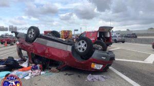 Pickup capota I-95. Fort Lauderdale Fire Rescue.