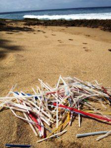 Canudos plástico praia