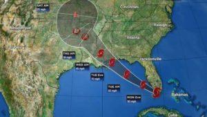 Tempestade Tropical Gordon se move em direção ao Golfo do México